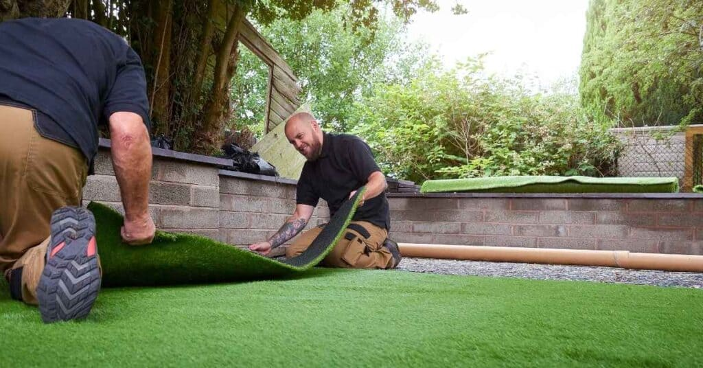 Install and Cut the Synthetic Turf